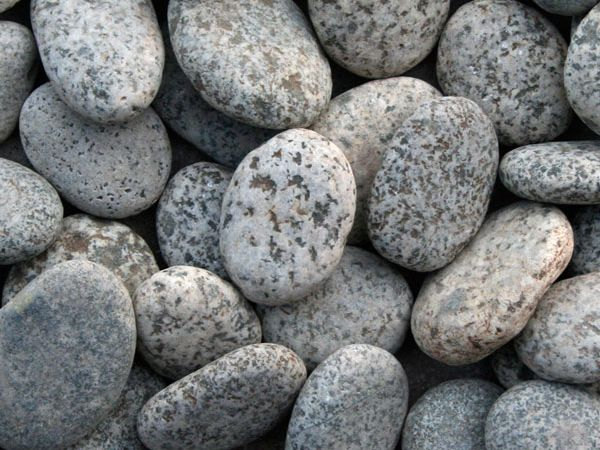 granit pebbles decorative stones